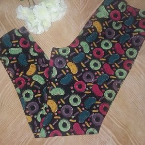 LULA ROE LEGGINGS,  CANDY PRINT, SZ T&C